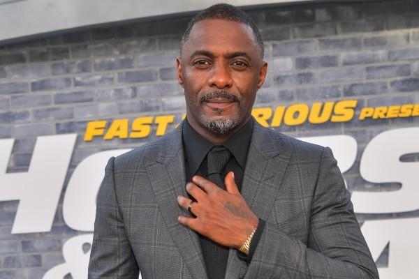Idris Elba ne voulait pas être le premier Bond noir.  Photo: (Getty)