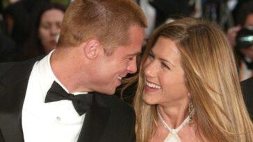 Jennifer Aniston se rapproche de Brad Pitt