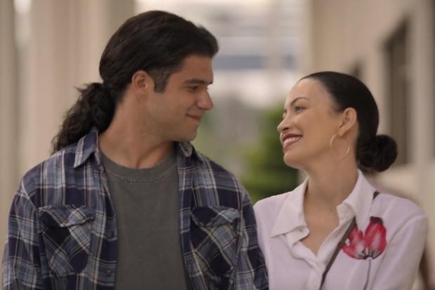 Selena Quintanilla et Chris Pérez se sont mariés en avril 1992 (Photo: Netflix)