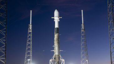 Spacex Lancera Une Fusée Falcon 9 Lors De Son 10e