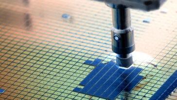 Les premières puces de 2 nm nous rapprochent de la limite du silicium: ce sont deux des matériaux qui aspirent à capter leur cœur