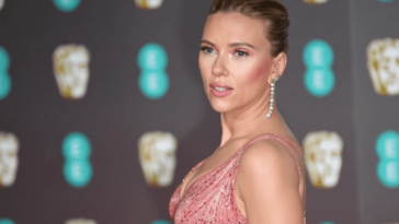 Scarlett Johansson critique vivement les Golden Globes