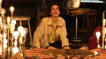 Anne Hathaway et Morgan Freeman jouent dans la bande-annonce de `` Solos ''