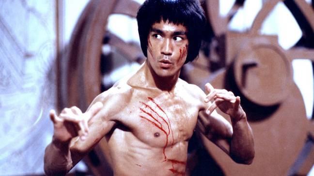 Bruce Lee dans Enter the Dragon.  Crédits: Warner Bros