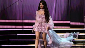 Premières images de Camila Cabello dans le rôle de Cendrillon