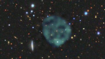 Les Astronomes Continuent De Trouver De Mystérieux Anneaux Circulaires Dans