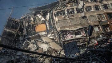 Attaque israélienne contre Gaza: la vidéo choquante où le bâtiment Al Jazeera a explosé