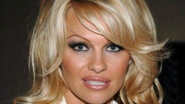 Pamela Anderson contre Pam & Tommy