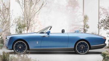 La voiture la plus chère du monde est la nouvelle Rolls-Royce Boat Tail, qui vaut 23 millions d'euros.