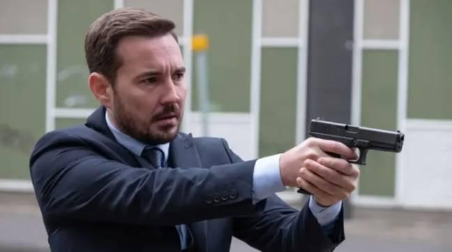 Martin Compston a déclaré que les acteurs et l'équipe ne savaient `` vraiment '' pas l'avenir de la série