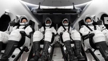 Je Devais Me Rappeler De Respirer: Les Astronautes De Spacex