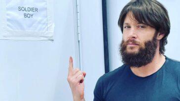 Jensen Ackles Révèle Sa Nouvelle Barbe Soldat Boy Pour La