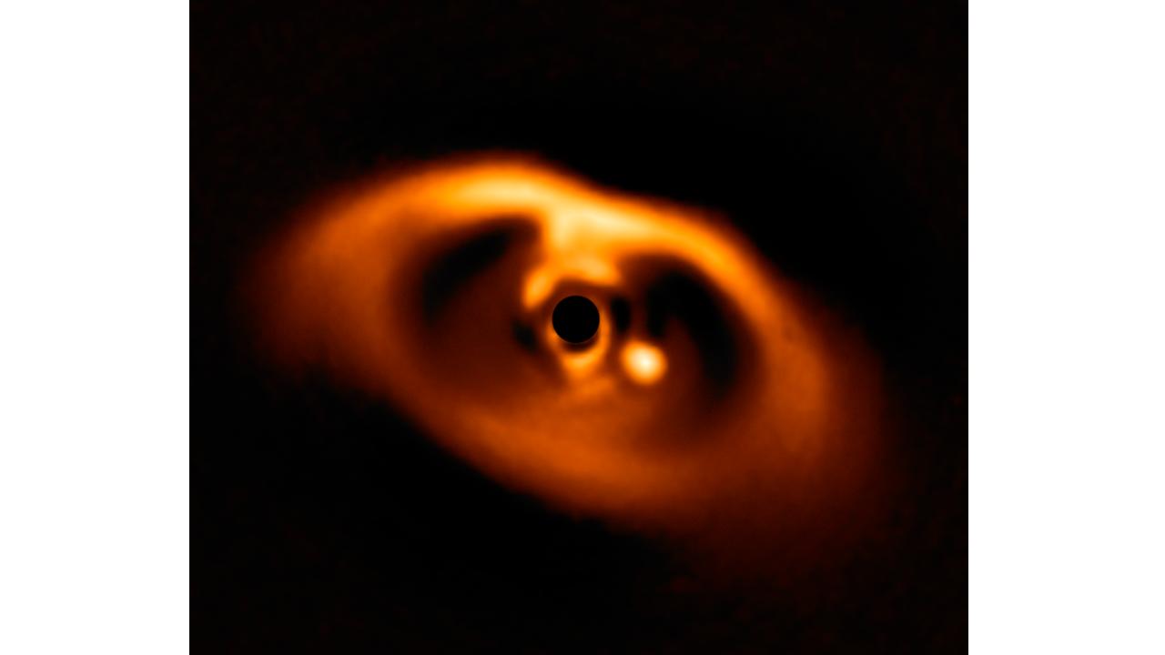 Le disque autour de l'étoile dans le système 70b qui alimente l'exoplanète PDS 70b.