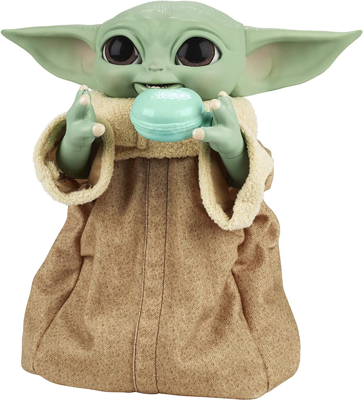 Le nouveau Galactic Snackin 'Grogu de Hasbro vous permet de nourrir Baby Yoda et de l'aider à utiliser la Force.  Disponible à l'automne 2021 pour 79,99 $.