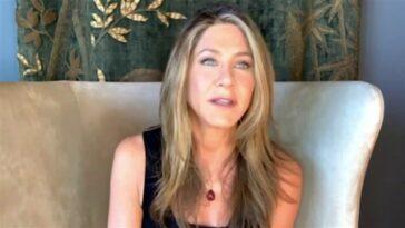 Lisa Kudrow révèle que son fils pensait autrefois que Jennifer Aniston était sa mère