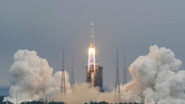 Une épave De Fusée Chinoise Tombe Dans Le Pacifique