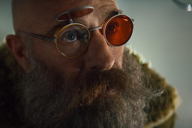 Abbot ne s'arrêtera pas, mais Aditya pourra-t-il continuer les expériences ?  (Photo : Netflix)
