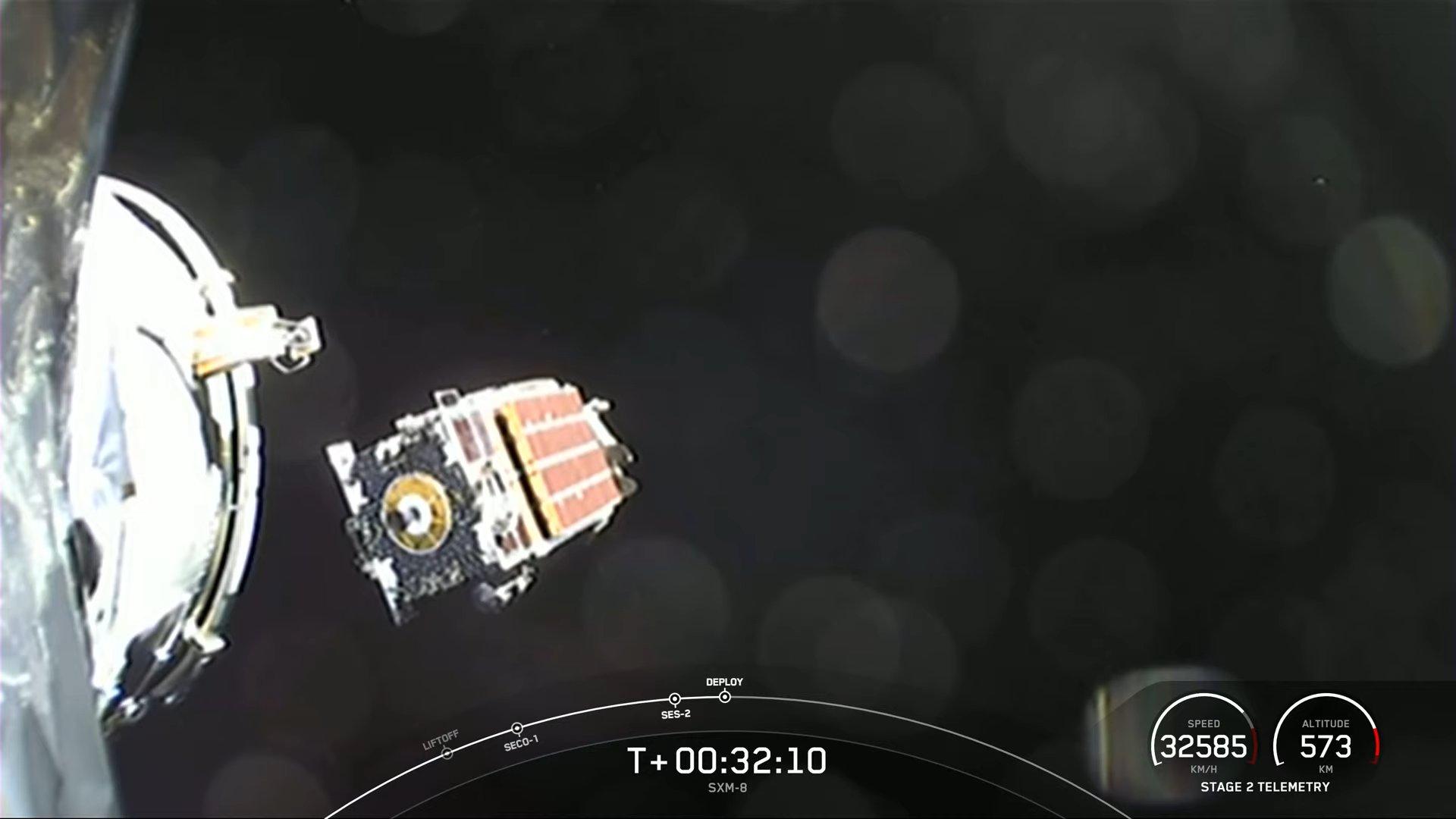 Le satellite Sirius XM SXM-8 est déployé en orbite après son lancement réussi par SpaceX le 6 juin 2021.