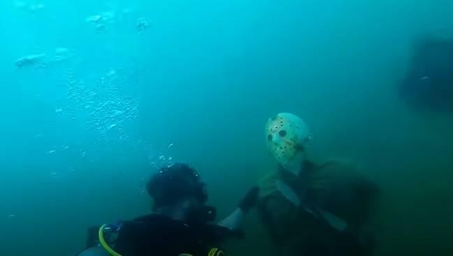Crédit: YouTube/Steele Scuba Diving