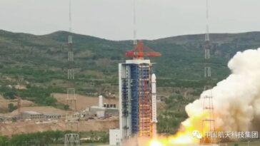 La Chine Lance Un Chasseur D'astéroïdes Commercial Et 3 Autres