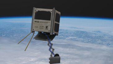 Cet incroyable satellite en contreplaqué veut conquérir l'espace (et prendre des selfies en le faisant)