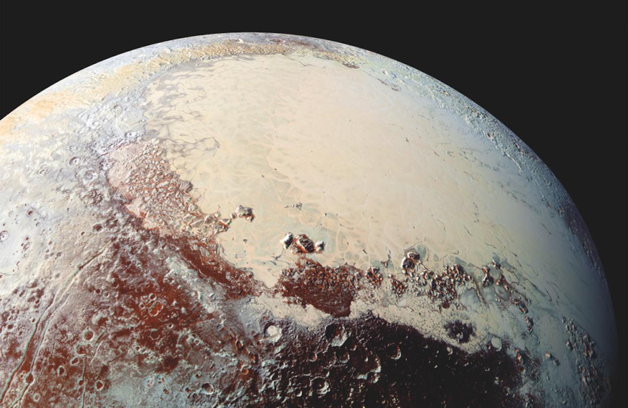 Pluton en gros plan