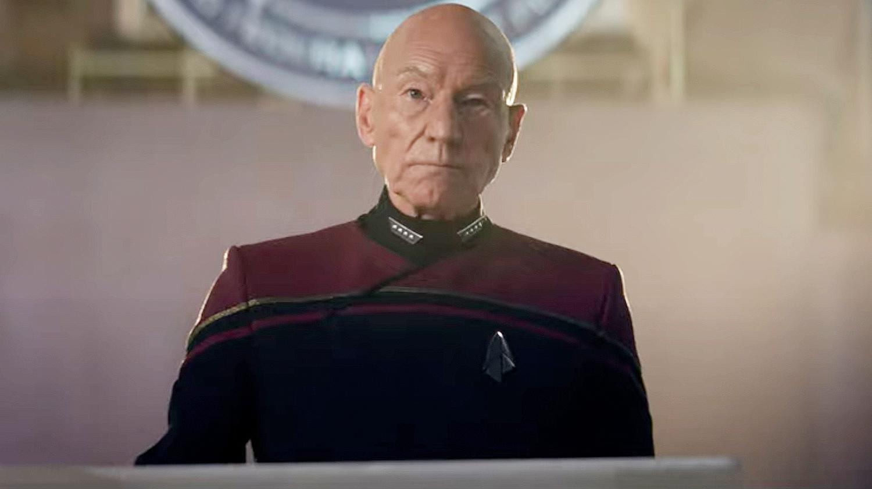 Il semblerait que l'uniforme de Picard ait été légèrement modifié, c'est peut-être ce qu'il aimerait en 2399.