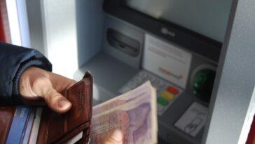 La Chine continue de renforcer sa monnaie numérique : elle permet désormais d'opérer dans les distributeurs automatiques avec elle