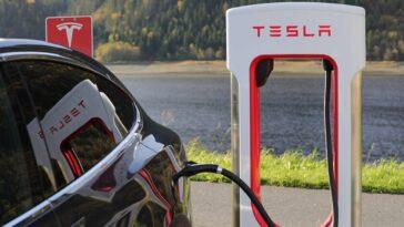 Tesla confirme l'ouverture du réseau Superchargers à d'autres constructeurs de voitures électriques en 2022