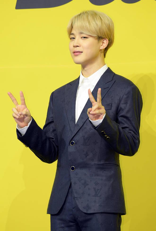 Jimin de BTS assiste à une conférence de presse pour le nouveau single numérique de BTS