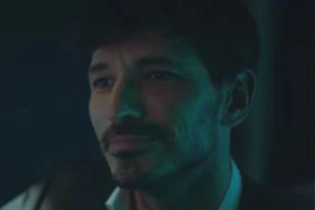 """Andrés Velencoso incarne Armando dans la saison 4 de """"Elite"""" (Photo : Netflix)"""