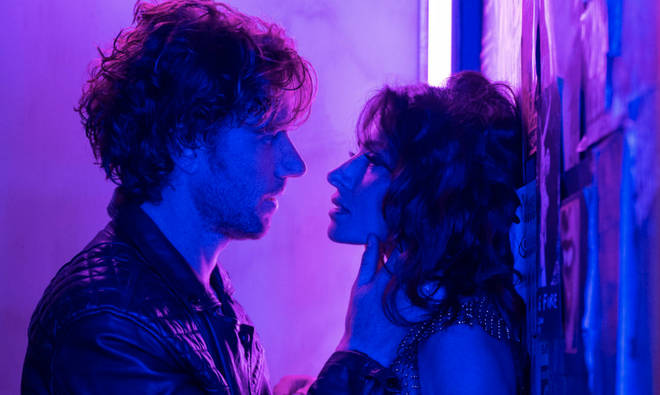 Billie et Brad seront-ils ensemble dans la saison 2 de Sex/Life ?