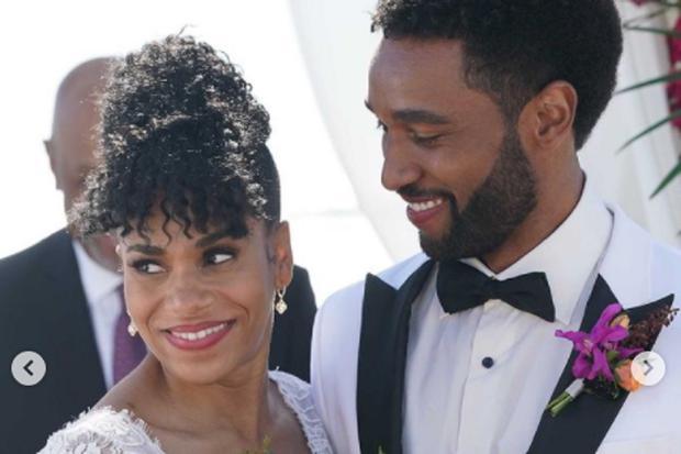 Maggie et Winston se sont finalement mariés sur la plage (Photo: ABC)
