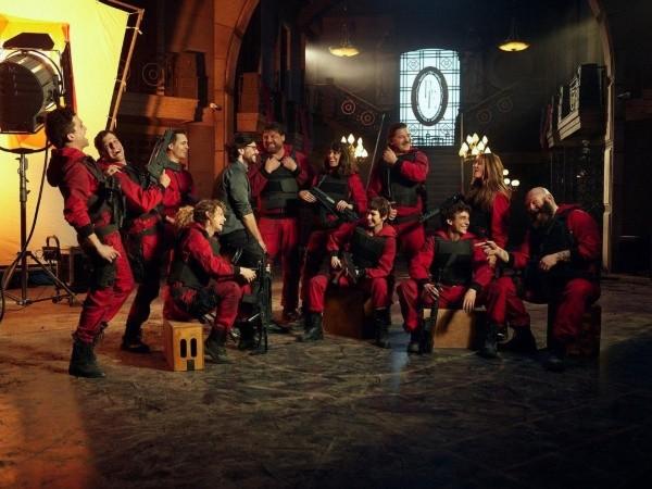 La photo avec laquelle Netflix a annoncé la fin du tournage.