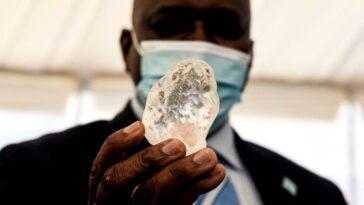 Le Troisième Plus Gros Diamant De La Planète Découvert En