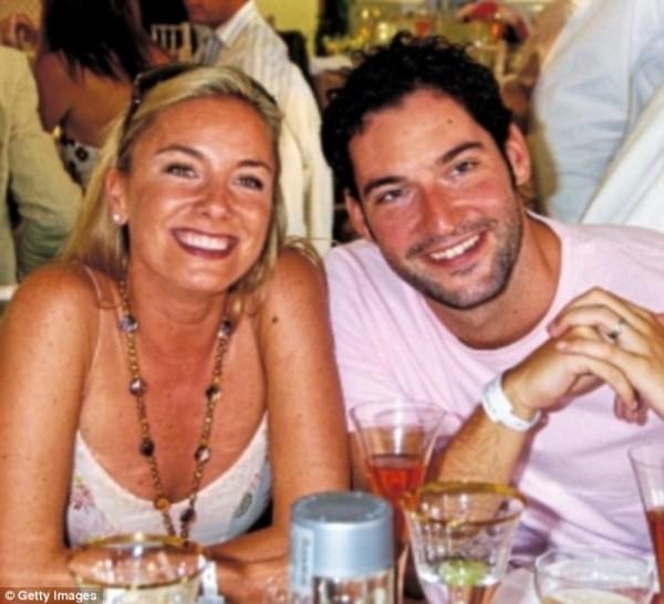 Tom Ellis et sa sœur jumelle.