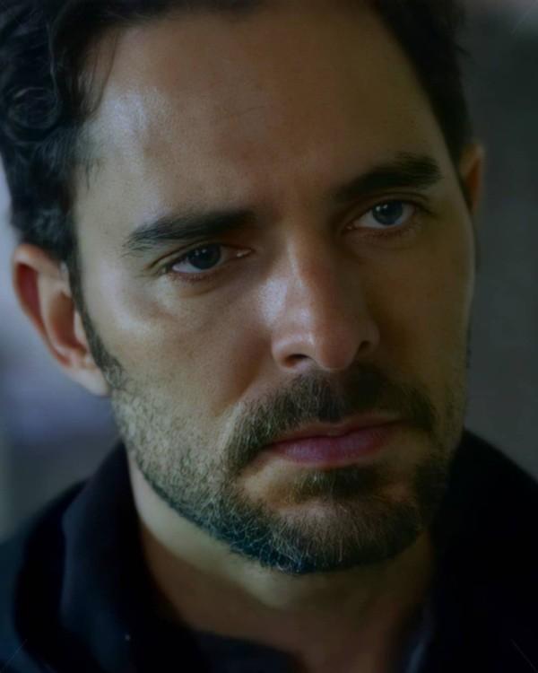 Manolo Cardona est Alex Guzmán.  Photo: (Netflix)