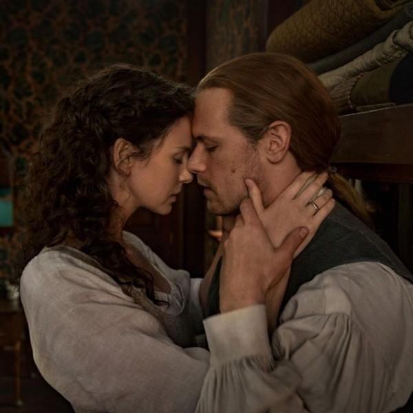 Caitriona Balfe et Sam Heughan à la fin du tournage de la saison 6. Photo : (Starz Play)