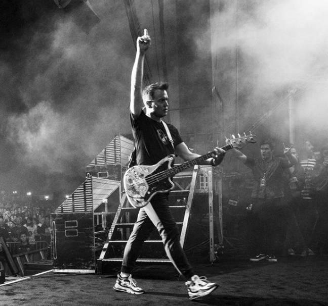 Mark Hoppus est membre de Blink-182 (Crédit: Instagram/blink-182)
