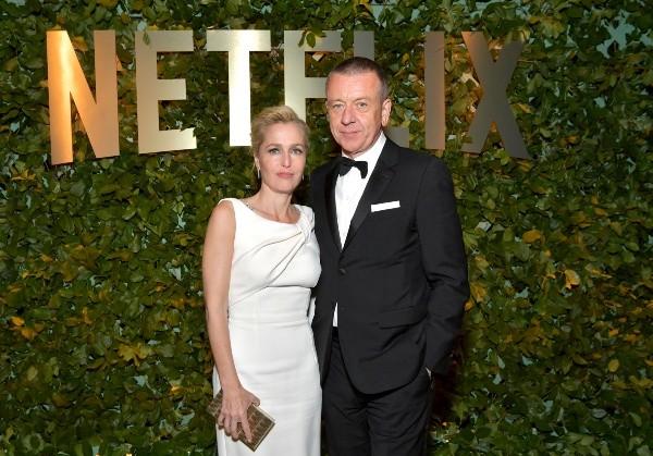 Gillian Anderson et Peter Morgan.  Photo: (Getty)