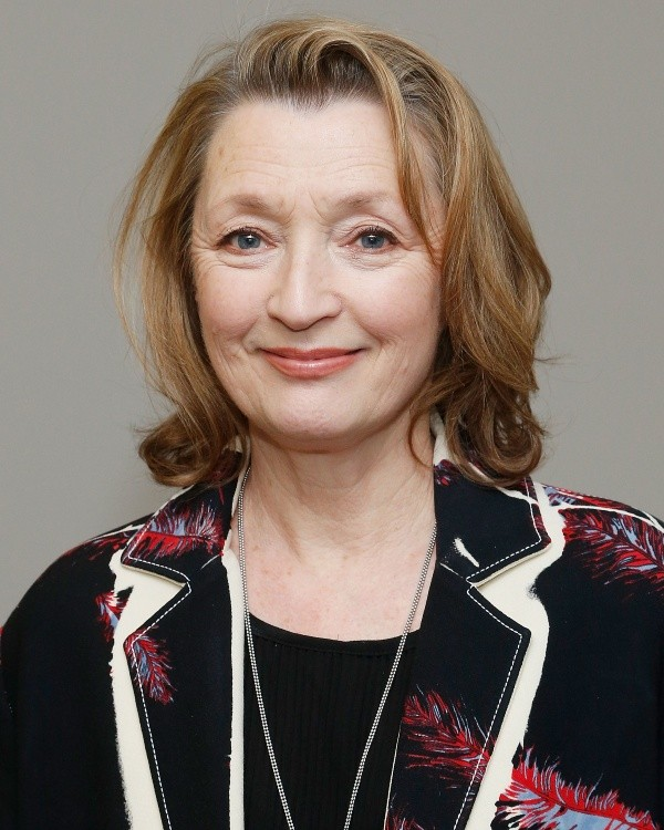 Lesley Manville.  Photo: (Getty)