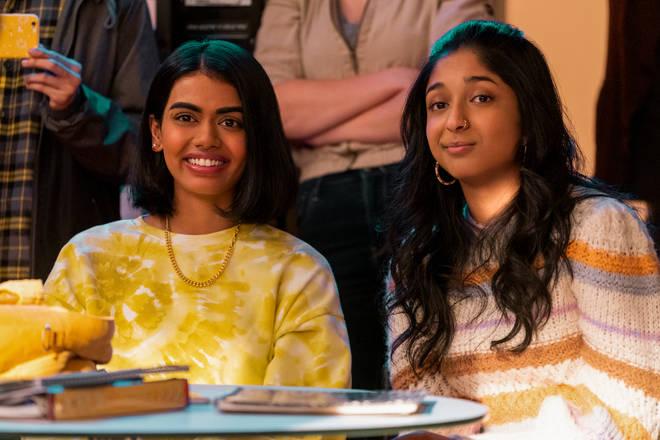 Aneesa (Megan Suri) et Devi (Maitreyi Ramakrishnan) dans Never Have I Ever saison 2