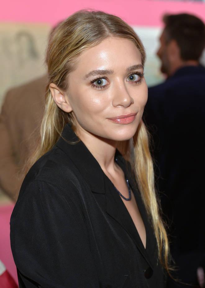 Ashley Olsen assiste à la célébration d'ouverture de l'exposition Journey of A Dress de Diane Von Furstenberg