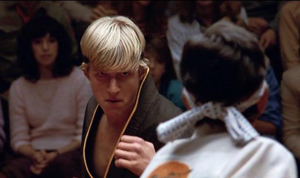 """Malgré ses doutes, William Zabka a décroché le rôle de Johnny Lawrence dans """"The Karate Kid"""" (Photo : Sony Pictures Home Entertainment)"""