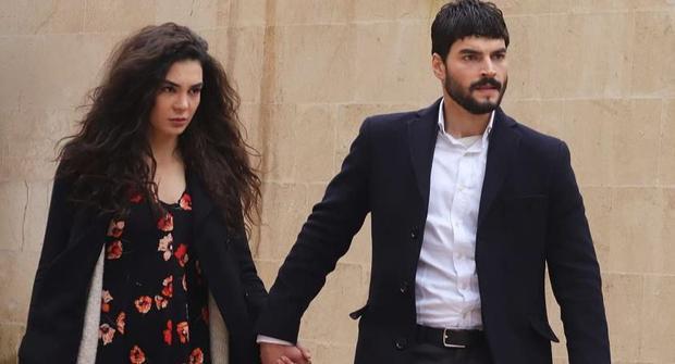 """Reyyan et Miran protagonistes du feuilleton turc """"Hercai"""" (Photo: ATV)"""
