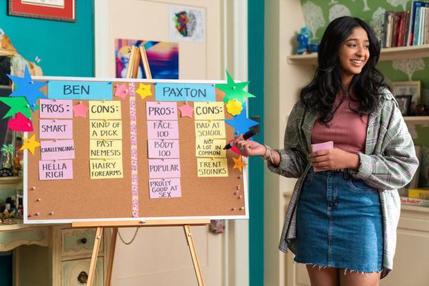 En fin de compte, Devi est resté avec Paxton, mais que se passera-t-il dans la saison trois ?  (Photo : Netflix)