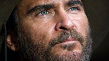 Joaquin Phoenix Subit Une Transformation Choquante Lors Du Premier Aperçu