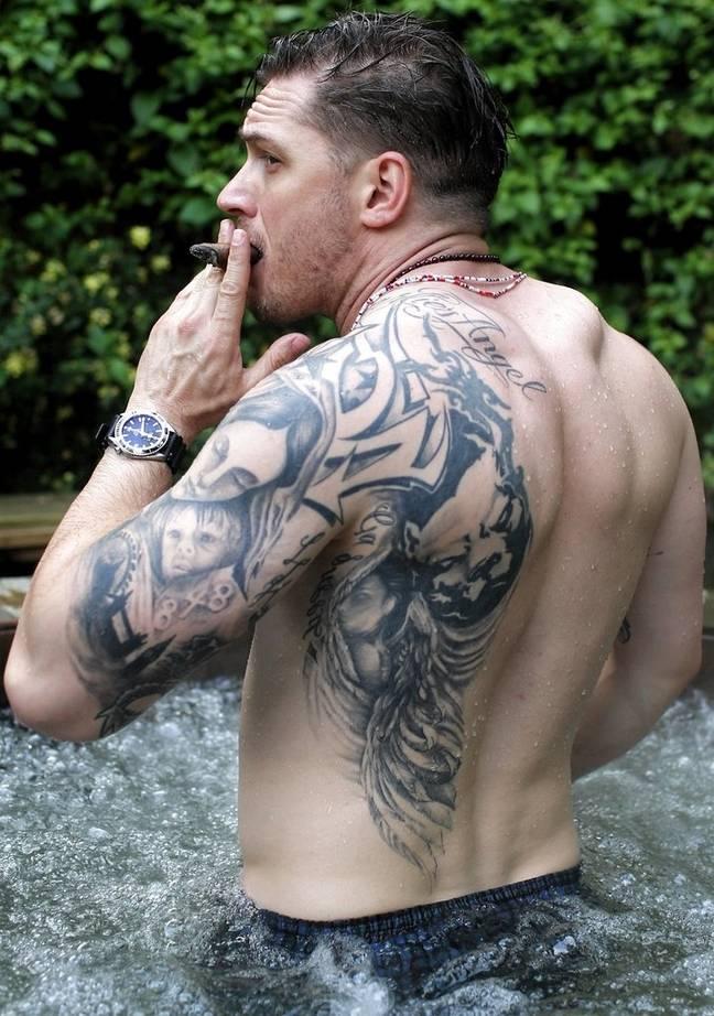 Les tatouages de Tom Hardy (Crédit : tom-hardy.org)