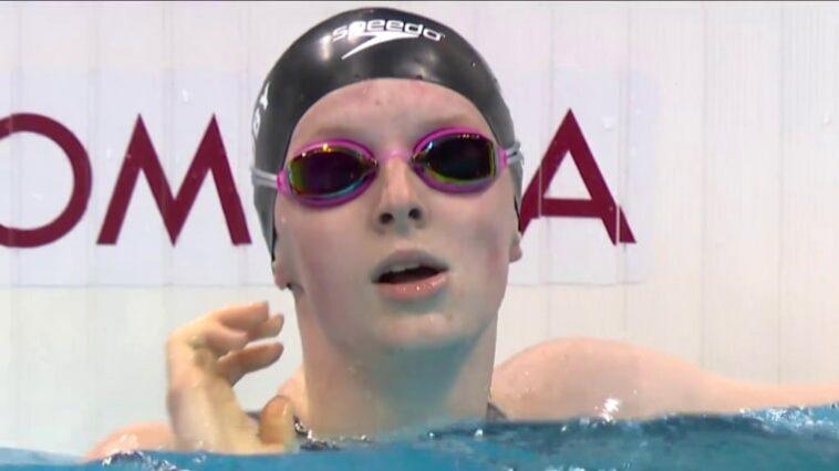Lydia Jacoby s'exprime après un glissement de lunettes lors du relais quatre nages aux Jeux olympiques de Tokyo