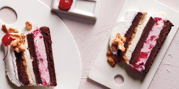 Gâteau à la crème glacée Brownie Sundae de Martha Stewart